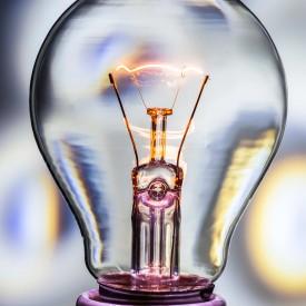 light bulb idee voor een project? contact